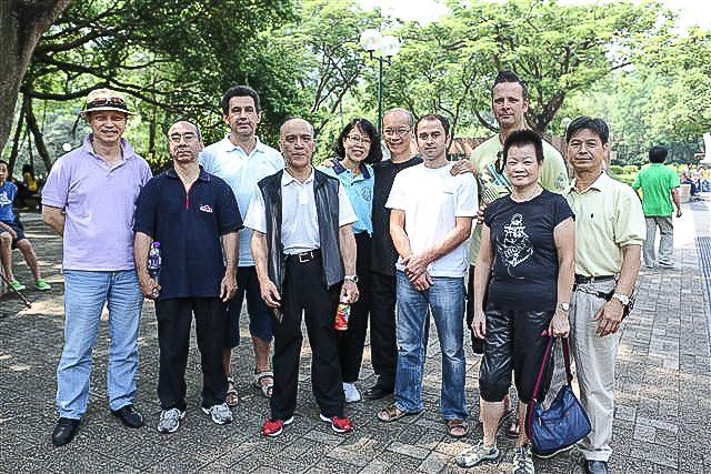 2012-09_hk_02_small