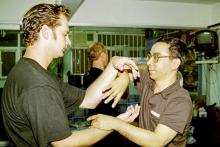 Sifu Sven Dittrich im Unterricht von Meister Lok Sang, Meister Lok Yius Sohn